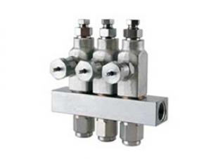 GL-32 Grease Injectors